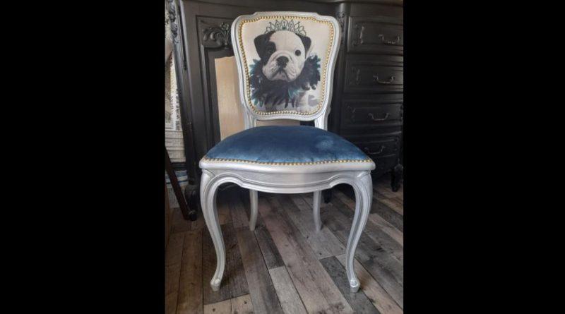 Burbure: Qui se cache derrière Aux meubles jolis ?
